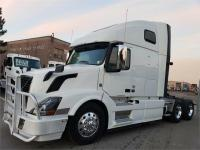 2013 Volvo 670 With Moose Bumper on online ads Canada