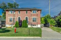 Bright & Spacious Home In Fantastic Mississauga Location!