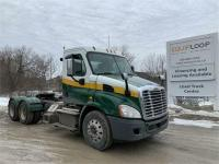 2013 Freightliner Cascadia on online ads Canada