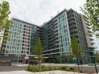 WEST HUMBER modern BRIGHT condo, laminate fl, granite counter on free ads online Canada