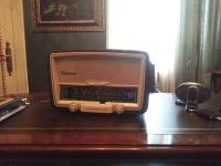 Antique Vintage Radio | MID2WW178 | Autograph Ingrid Bergman