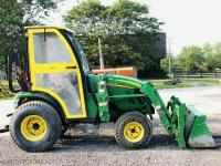 2008 John deere 2320 Tractor with loader and cab